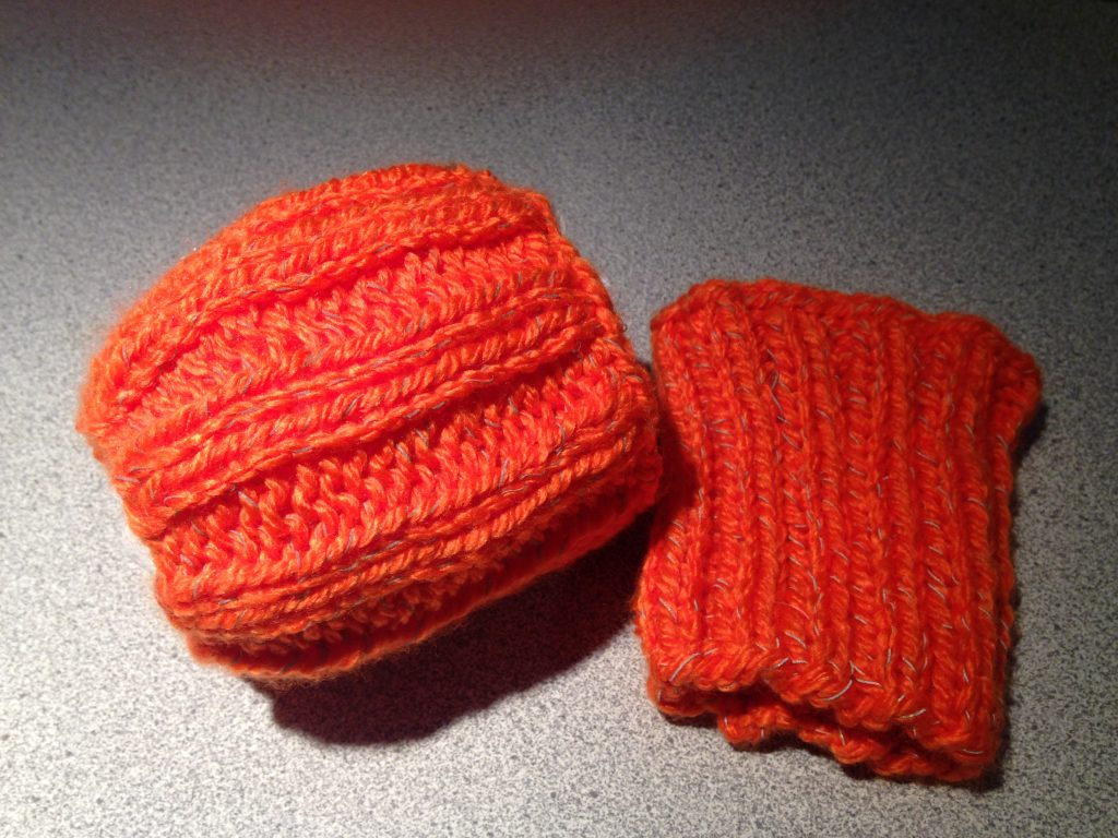 Knitting pattern marked visibility bands using red heart reflective yarn and size 55 mm needles these bands can be worked in the round using 4 double pointed needles or straight needles bankloansurffo Gallery